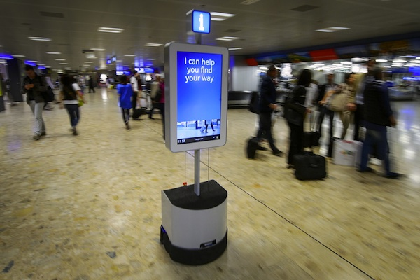 http://www.aboaziz.net/myimages/swiss/geneve/airport/robot.jpg